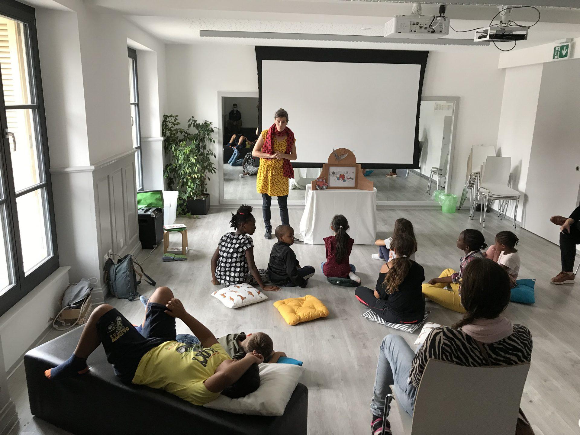 Succès pour le kamishibaï à Fribourg